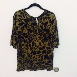 Extra soft 3/4 sleeve top